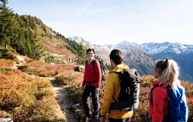 Herbstwanderung aufs Muttjöchle (c) Matthias Fend I Montafon Tourismus GmbH