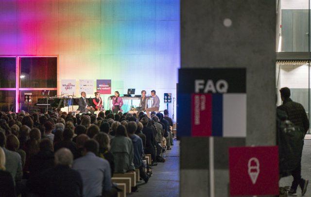 FAQ, Diskussionsrunde Zimmerei Kaufmann FAQ © Dietmar Denger / Vorarlberg Tourismus