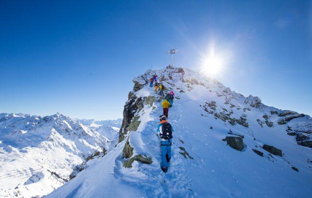 Aufstieg aufs Muttjöchle, Ski Ride Vorarlberg © Gijs Hardeman / Vorarlberg Tourismus GmbH
