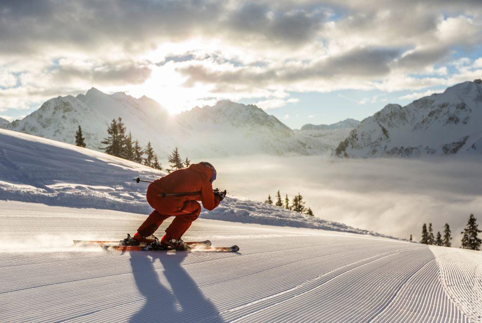 Skifahren am Walmendingerhorn (c) Kleinwalsertal Tourismus (c) Oliver Farys