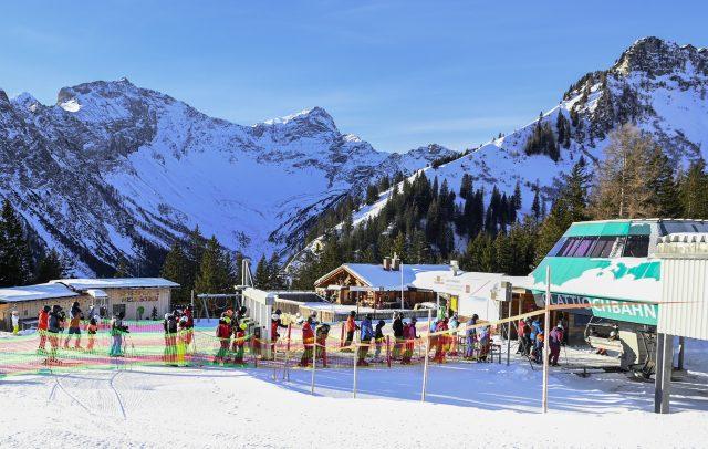 Skifahren im Brandnerttal mmimt Corona-Maßnahmen (c) Oliver Lerch / Vorarlberg Tourismus