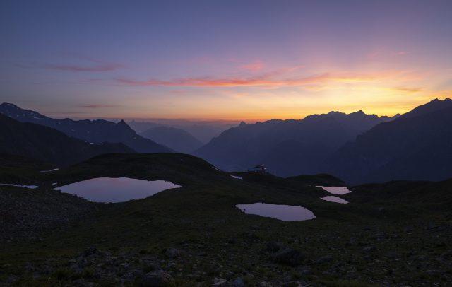 Sonnenuntergang-Kaltenbergsee © Lucas Tiefenthaler / Vorarlberg Tourismus