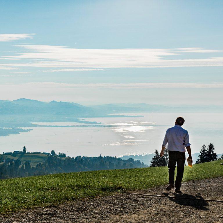 Rudolf Sagmeister Eichenberg mit Blick auf Bodensee © Anja Fontain