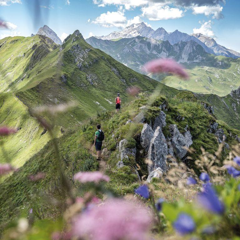 Wanderung am Golmer Höhenweg zur Geißspitze (c) Andreas Gassner-Vorarlberg Tourismus